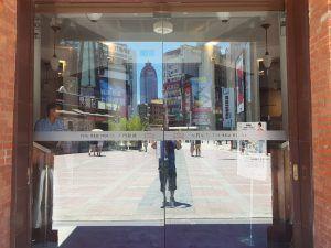 玖陽視覺 玻璃貼 大圖輸出 貼圖施工