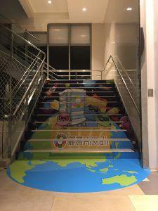玖陽視覺 百貨樓梯貼 大圖輸出 貼圖施工