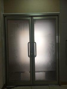 玖陽視覺 玻璃門美化 大圖輸出 貼圖施工
