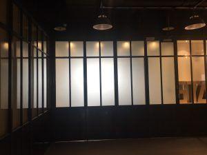 玖陽視覺 玻璃霧膜 大圖輸出 貼圖施工