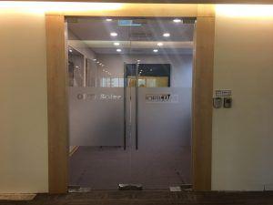 [玖陽施工]玻璃門美化 大圖輸出 貼圖施工