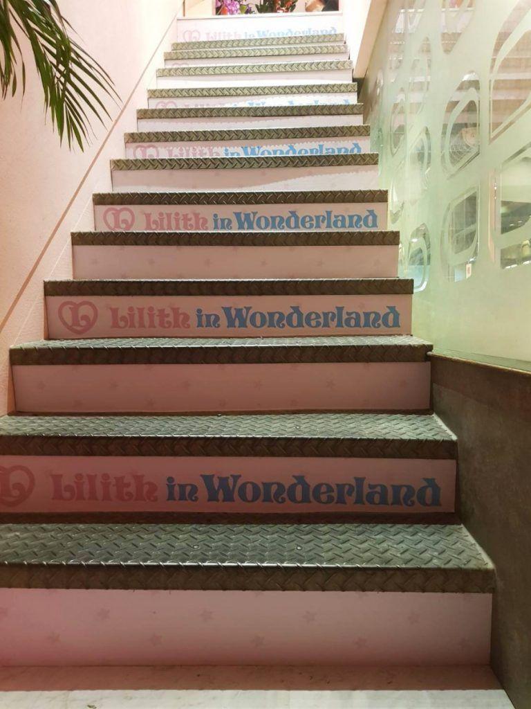 [玖陽視覺]商家樓梯貼 大圖輸出 貼圖施工