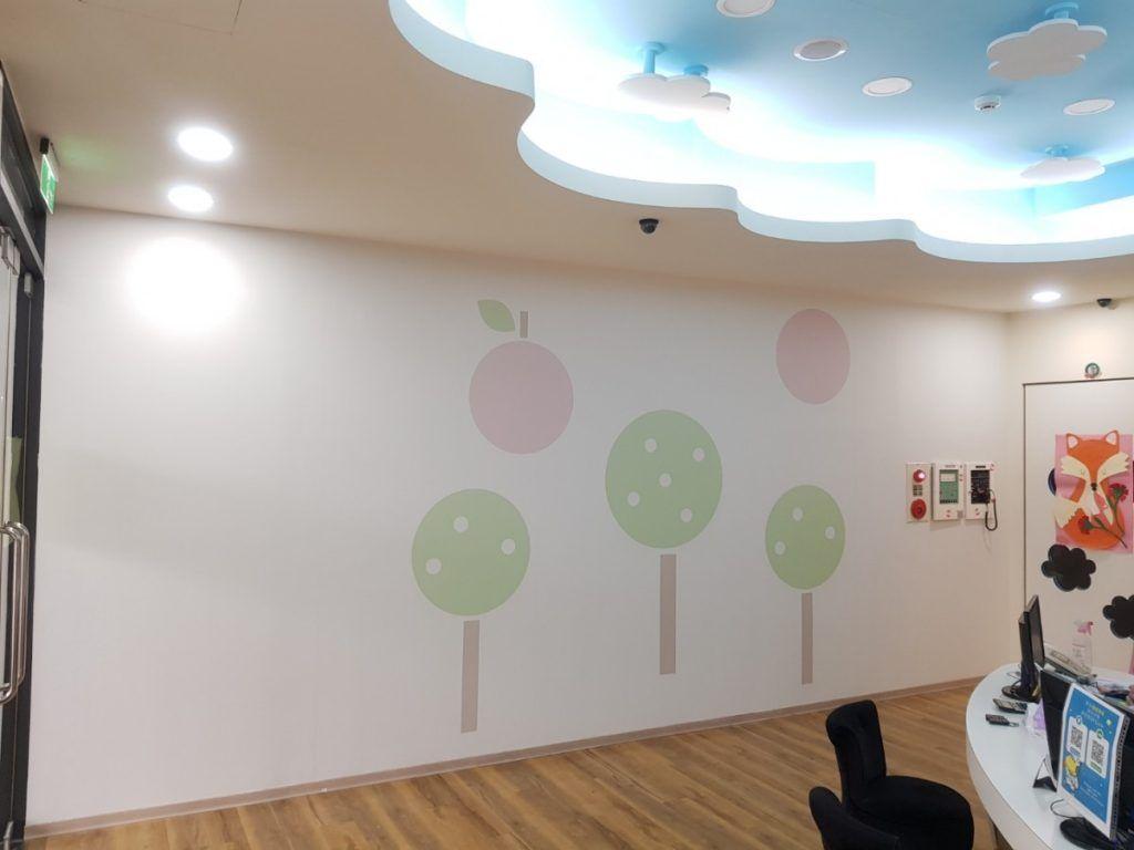 [玖陽視覺]教室牆面美化 大圖輸出 貼圖施工